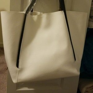 3e2bb99786 Jessica Simpson Bags - Brand New Jessica Simpson Stylish Tote Bag